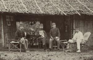 Militairen in Nederlands-Indië, ca. 1895 - ca. 1905 (uitsnede), collectie Rijksmuseum