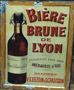 Een van de laatste advertenties voor het bruine bier van Lyon. Uit: Romain Thinon, Un îlot brassicole.